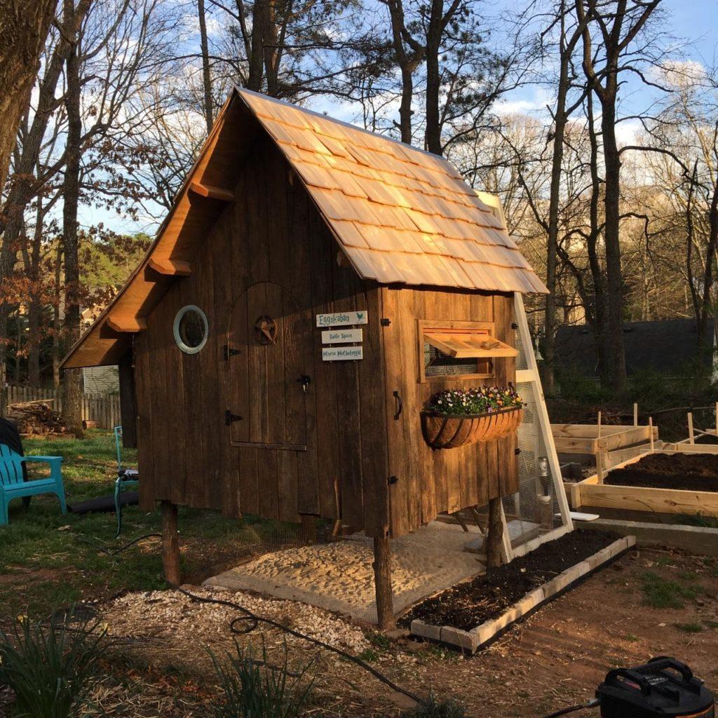 Amanda's adorable chicken coop. Photo by Amanda Summerlin, of course.